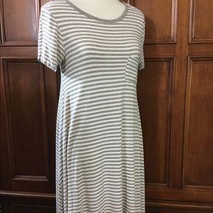 LuLaRoe Women's Carly Sz S gray/white striped
